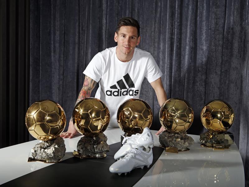 Nowe korki Platinum Messi 15 dla najlepszego piłkarza świata