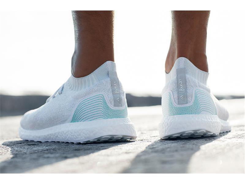 adidas UltraBOOST Uncaged Parley: Aus elf Plastikflaschen wird ein Laufschuh