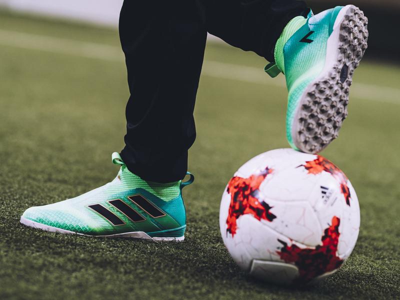 νέα ποδοσφαιρική συλλογή της adidas