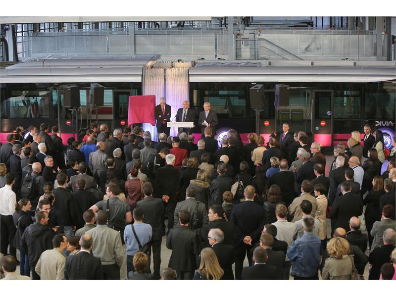 First steps of Heuliez Bus Hybrid vehicles in Dijon