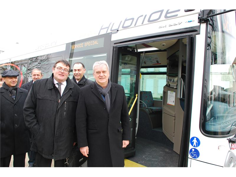 Delivery of the first HEULIEZ BUS  EURO VI HYBRID GX 337