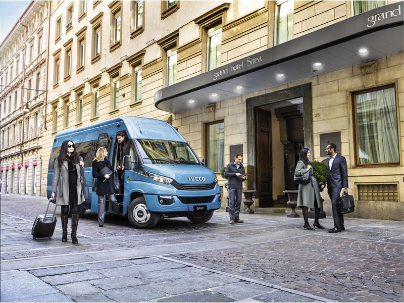 Daily Minibus Euro VI : the minibus with the business instinct for moving people