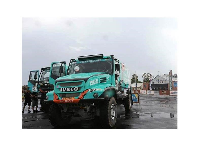 Dakar 2017: IVECO and Team PETRONAS De Rooy IVECO are today at the starting blocks