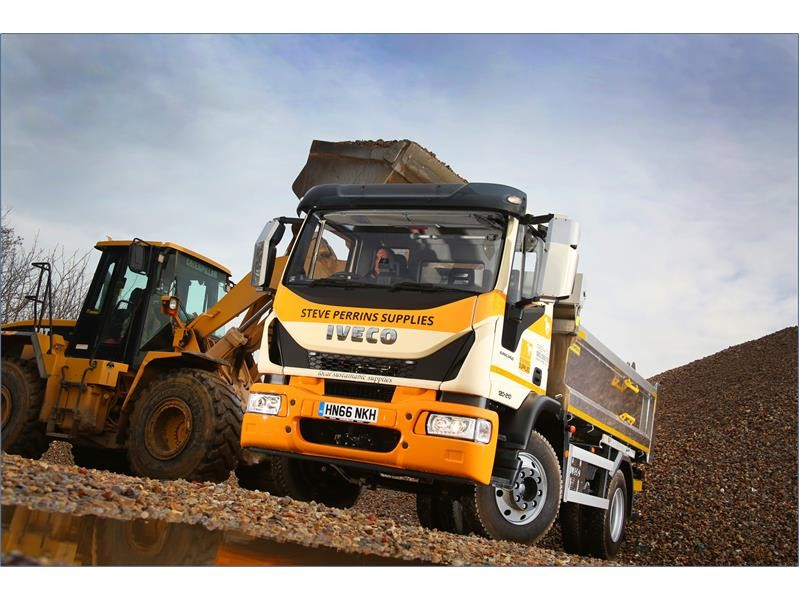 New Milton Sand and Ballast builds fleet with six-strong IVECO Eurocargo deal