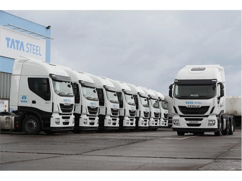 IVECO forges ahead with eight-strong Tata Steel Stralis order