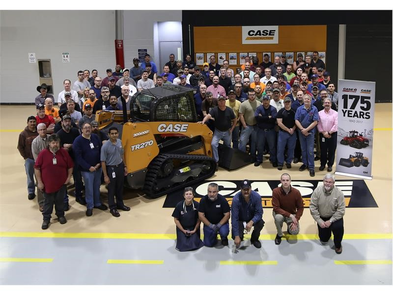 CASE Wichita Plant Produces 300,000th CASE Skid Steer/CTL