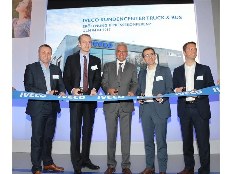 IVECO opens new Delivery Centre for trucks and buses in Ulm to offer tailored delivery services to its customers