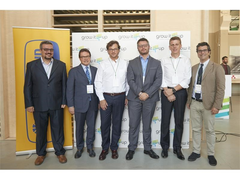 New Holland Agriculture and #growITup team up for Italy's biggest Open Innovation platform dedicated to agrifood