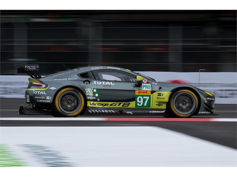 Dunlop praised by Aston Martin for Mexico success