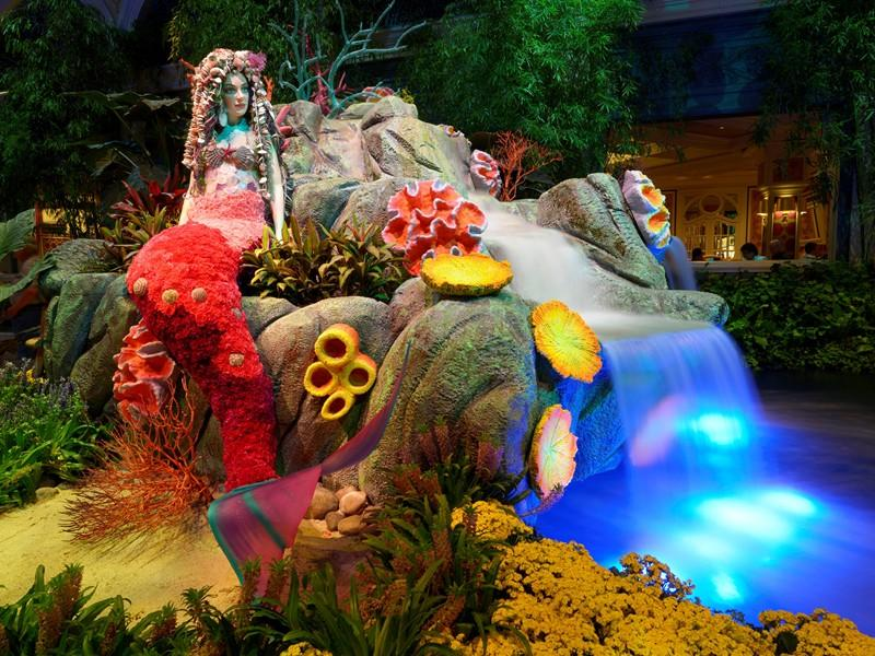 Spectacular Floral Exhibitions Celebrate Summer at the Palazzo and Bellagio Resorts in Las Vegas