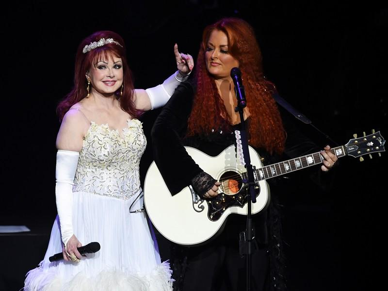 Opening Night Photos: The Judds Cruise into Las Vegas for 'Girls Night Out'