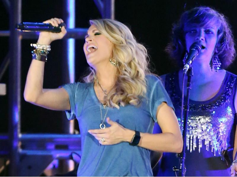Carrie Underwood Performs Sold-Out Show at Laughlin Event Center