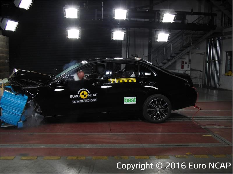 Latest Euro NCAP safety ratings: top marks for Mercedes-Benz E-Class and Peugeot 3008