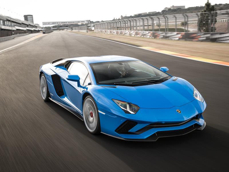 Internationale Pressefahrvorstellung des Lamborghini Aventador S