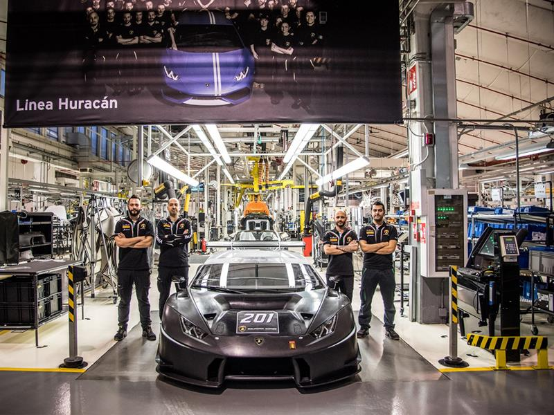 Lamborghini Squadra Corse segna un nuovo record  con oltre duecento vetture da corsa prodotte in soli 24 mesi