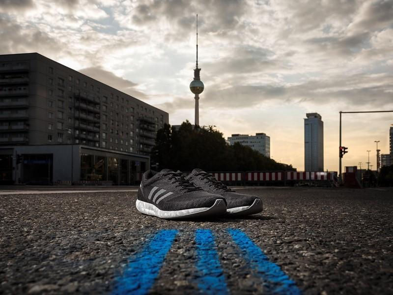 Atletas da adidas vão competir a Maratona de Berlim usando o adizero Sub2