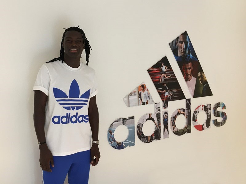adidas Football Türkiye, Bafétimbi Gomis ile Anlaştı