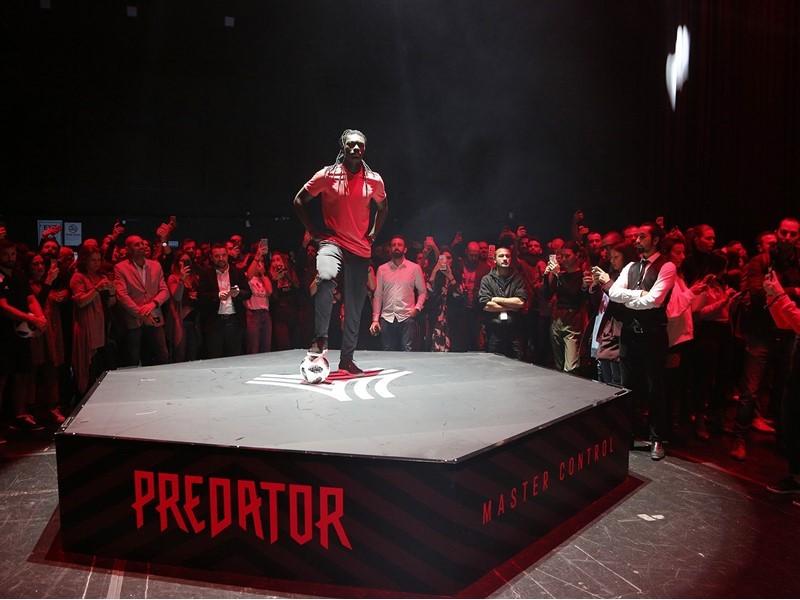 Sahaların En İkonik Kramponu Geri Döndü: adidas Predator Karşınızda