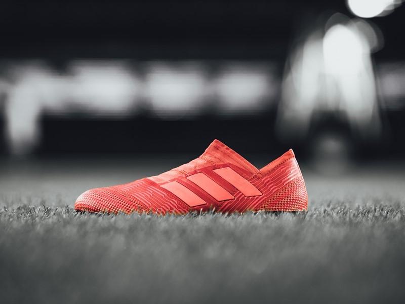 adidas Football представя модела NEMEZIZ в нова цветова комбинация Cold Blooded