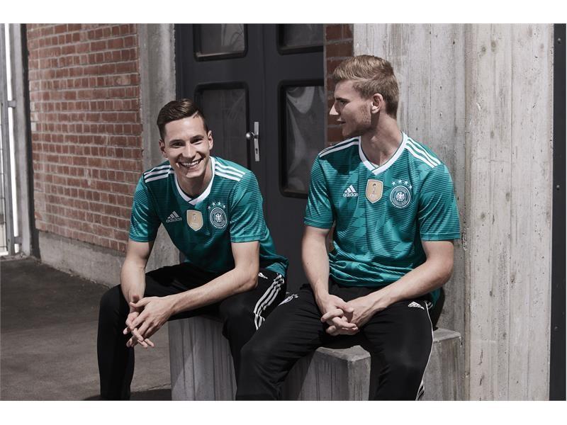 """Grün und geschichtsträchtig: adidas präsentiert Auswärtstrikot für """"Die Mannschaft"""""""