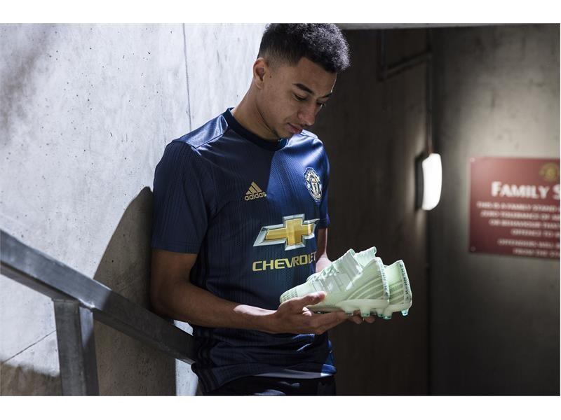 adidas Football revela el tercer uniforme de Manchester United para la temporada 2018/2019