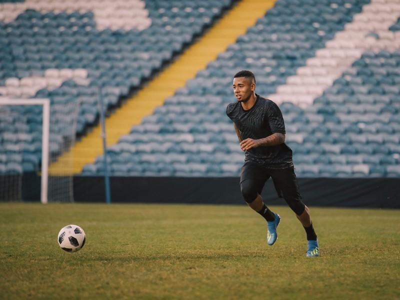 adidas lança X18+ Energy Mode, a chuteira que Gabriel Jesus usará na Copa do Mundo 2018
