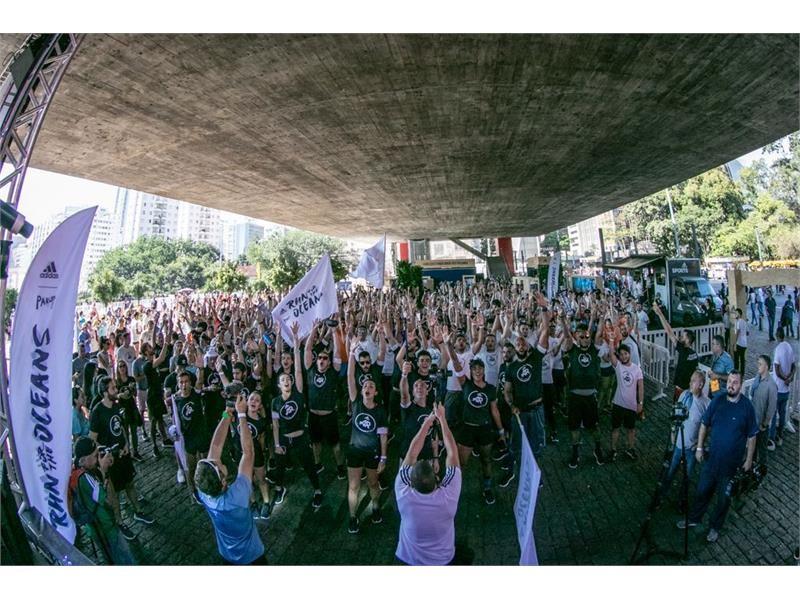 adidas invadiu a Avenida Paulista com a Run for the Oceans