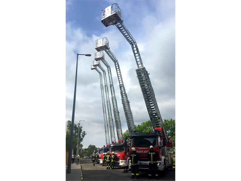 Magirus equips Hungary's fire departments with 15 new turntable ladders