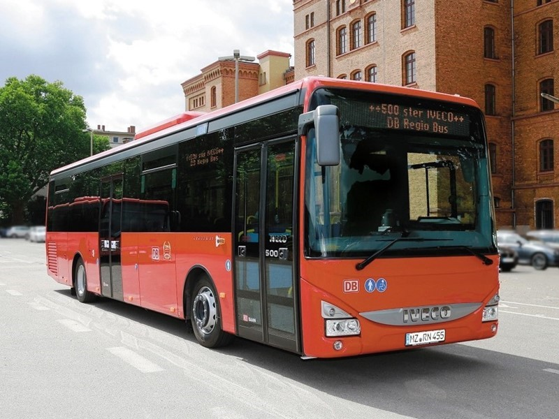 Deutsche Bahn renews its trust in Iveco Bus: with this latest agreement it will count 1,000 Crossway buses in its fleet by 2018