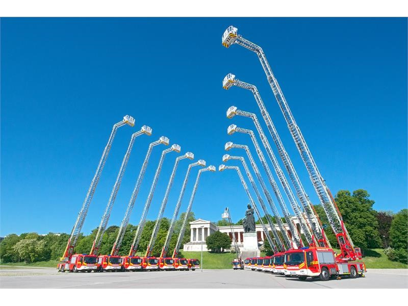 15 Magirus turntable ladders for the Munich Fire Department