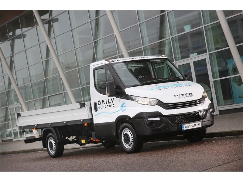 IVECO welcomes government plans for van drivers to operate heavier vehicles if they are gas-powered or electric
