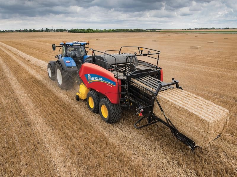 New Holland Agriculture Extends New Features to Entire Line-up of BigBaler Series Large Square Balers