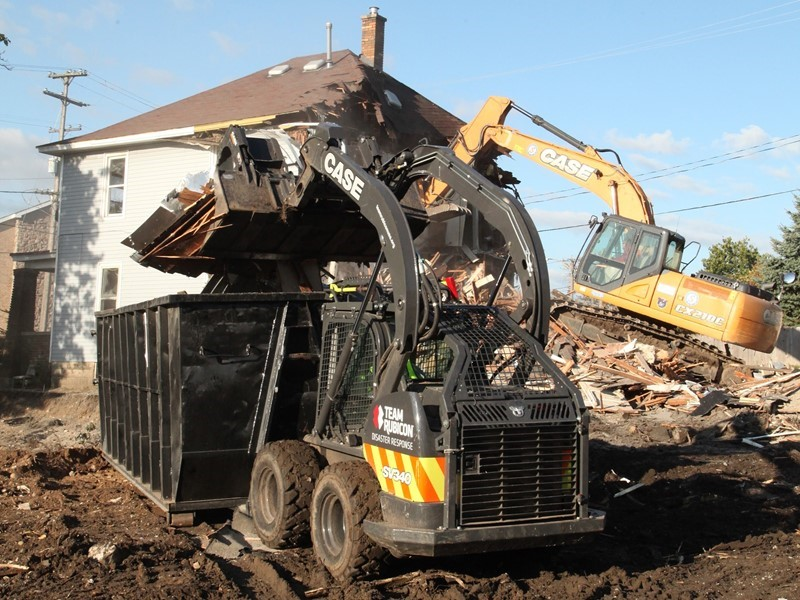 CASE and Michigan Dealers Donate Equipment to Team Rubicon and Habitat for Humanity for Urban Renewal/Recovery Project