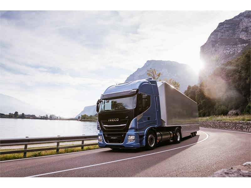 IVECO Stralis NP crowned Low Carbon Truck of the Year
