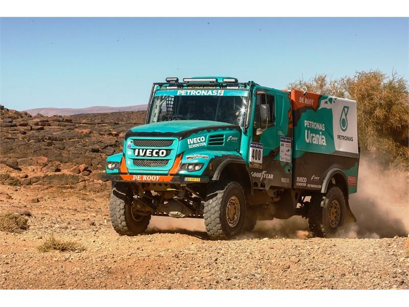 Africa Eco Race 2018: two hard stages for Team PETRONAS De Rooy IVECO