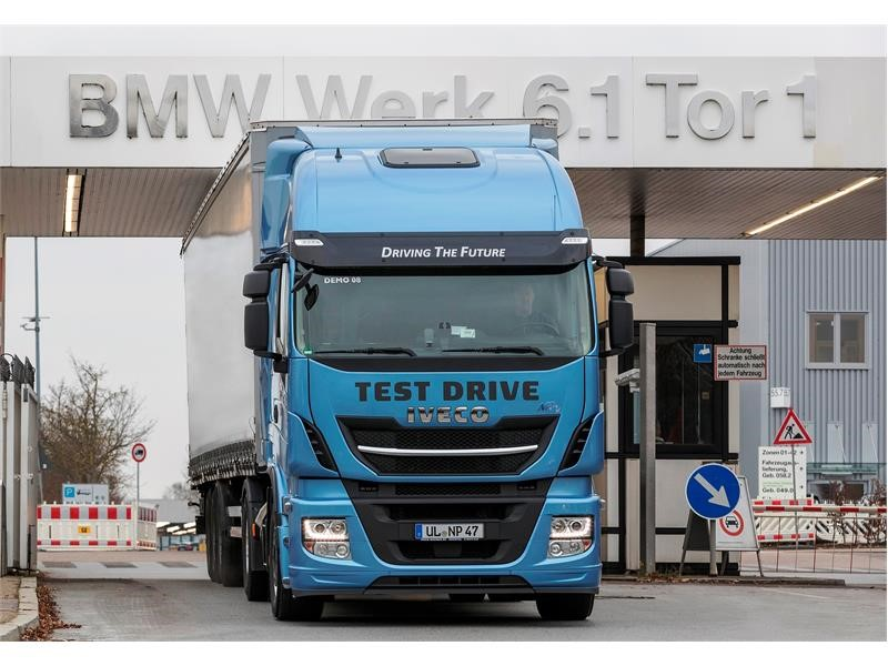 """BMW Group chooses Stralis NP to test LNG technology for its logistics within the framework of the project """"Innovation and Industry 4.0"""""""