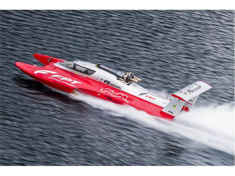 FPT Industrial powers Fabio Buzzi to the diesel powerboat GUINNESS WORLD RECORDS™ title
