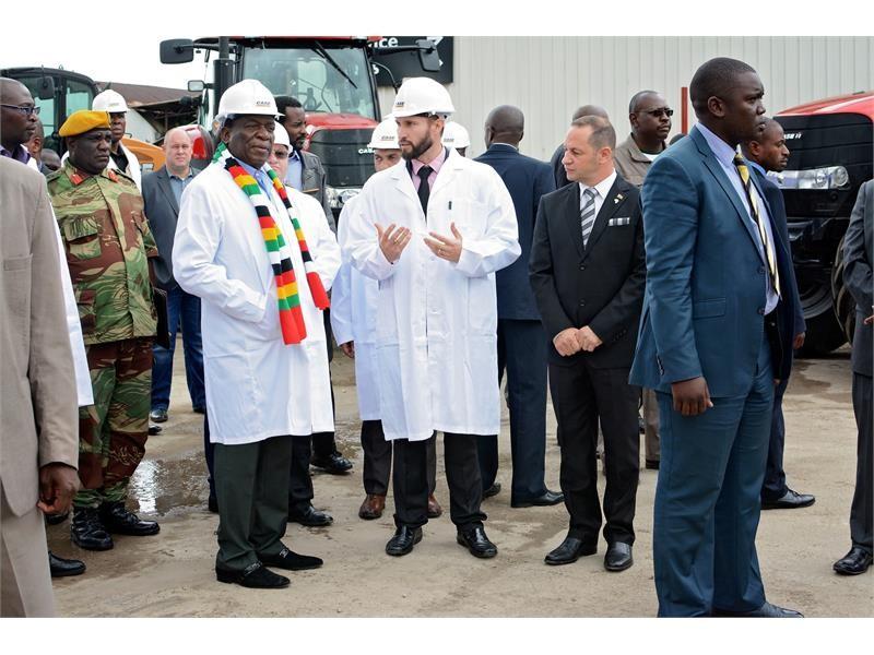 President of Zimbabwe visits Case IH distributor Agricon