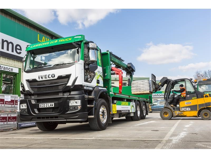 Lawsons adds first gas-powered heavy truck to its London delivery fleet with IVECO's Stralis NP