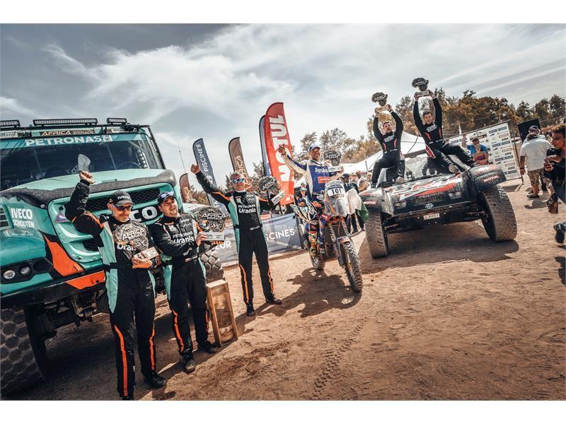 依维柯在2018年非洲环保拉力赛卡车组所向披靡,PETRONAS De Rooy 依维柯车队队长Gerard De Rooy夺得冠军