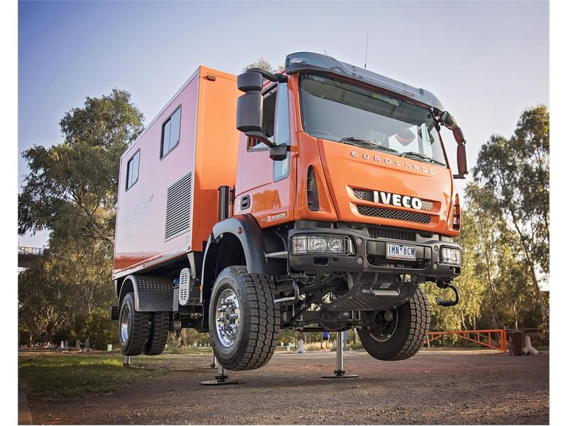 Black Insitu Testing probe deeply with IVECO Eurocargo 4x4