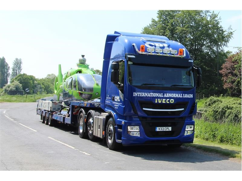 IVECO dealer's customer care seals CPL Transport double Stralis order