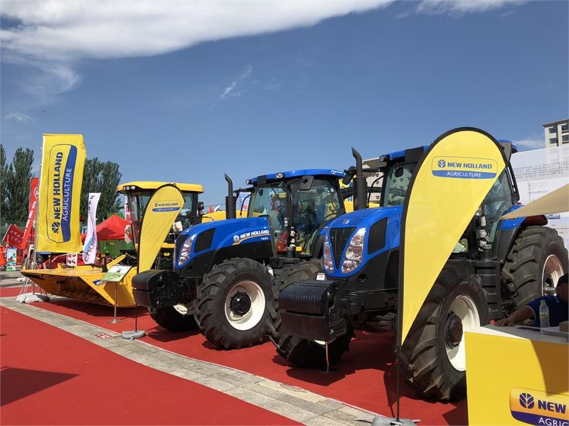 New Holland Agriculture showcases full range of products at the Inner Mongolia International Animal Husbandry Machinery Expo 2018
