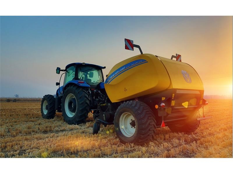 New Holland Agriculture's RB125 round baler wins Technology Innovation Award at China's Agricultural Machinery TOP50+ Awards