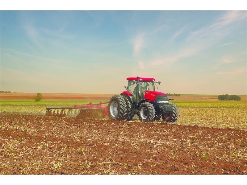 凯斯Puma 2254拖拉机荣获2017中国农业机械年度TOP50+技术创新奖