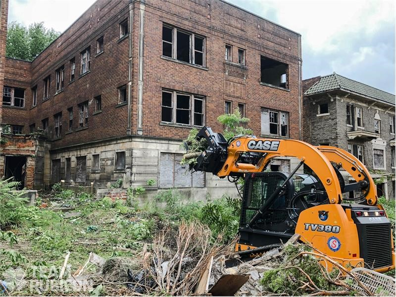 CASE, Southeastern Equipment Work with Team Rubicon on East Cleveland Blight Removal