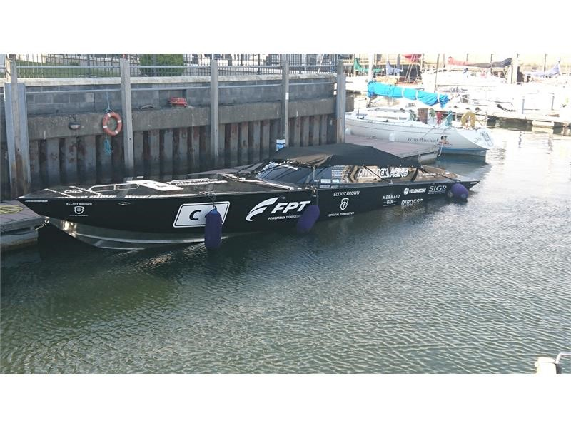 FPT INDUSTRIAL SETS ANOTHER POWERBOAT RECORD WITH ALLBLACK RACING TEAM