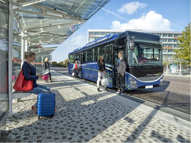 World-premiere for IVECO BUS and its new Crossway Natural Power coach at Autocar Expo, in Lyon