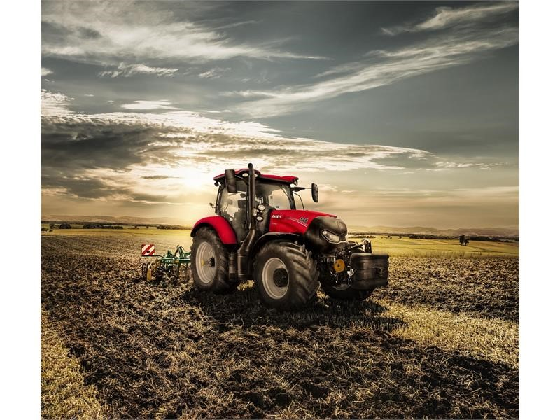 Case IH Maxxum 145 MultiController wins 'Tractor of the Year' and 'Best Design Title' 2019