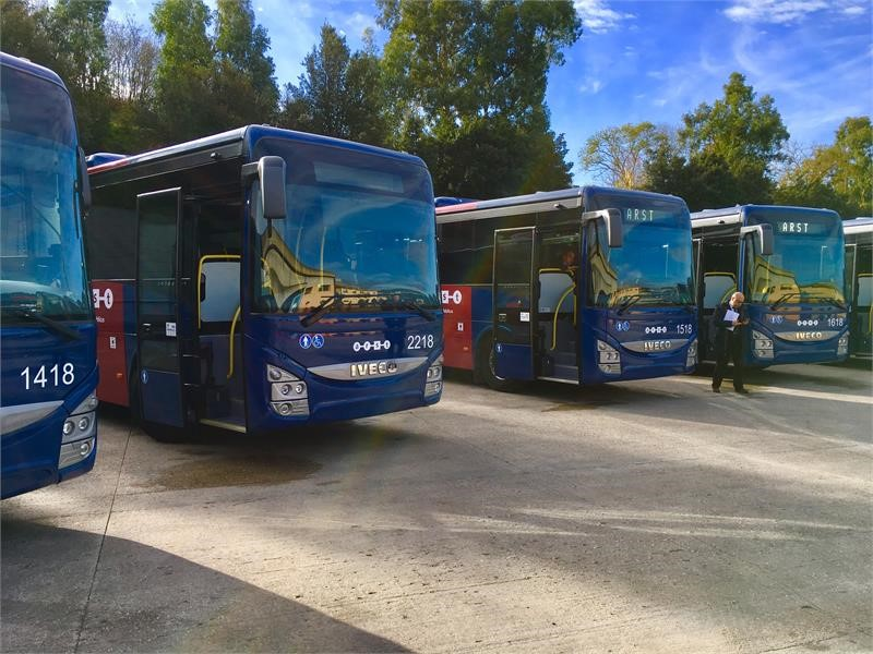 IVECO BUS delivers 61 Crossway to the Sardinian transportation company for the renewal of its fleet